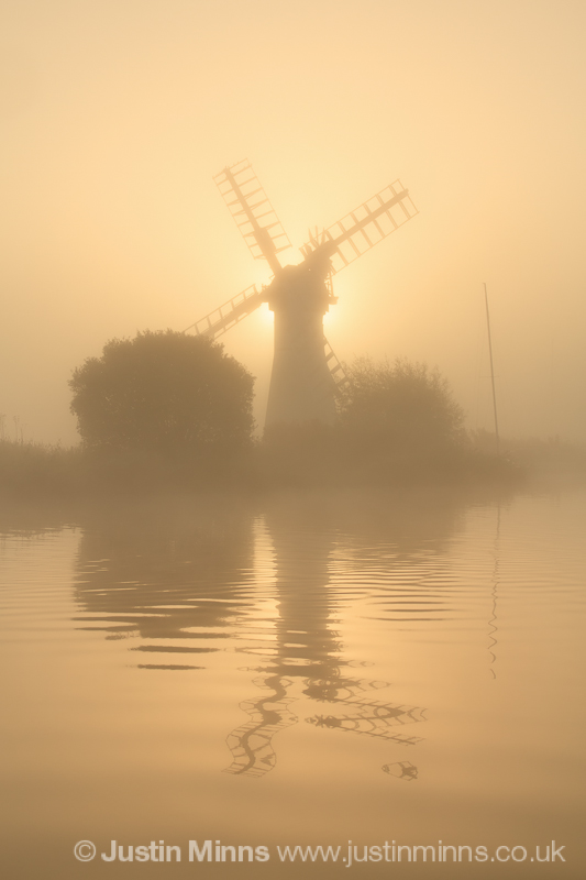 My first visit to Thurne Mill and after much planning and research  I managed to arrive in plenty of time to find loads of boats obscuring my view. So a 15 minute drive followed by a ten minute walk later I got to the other side of the river in time to get a couple of shots.