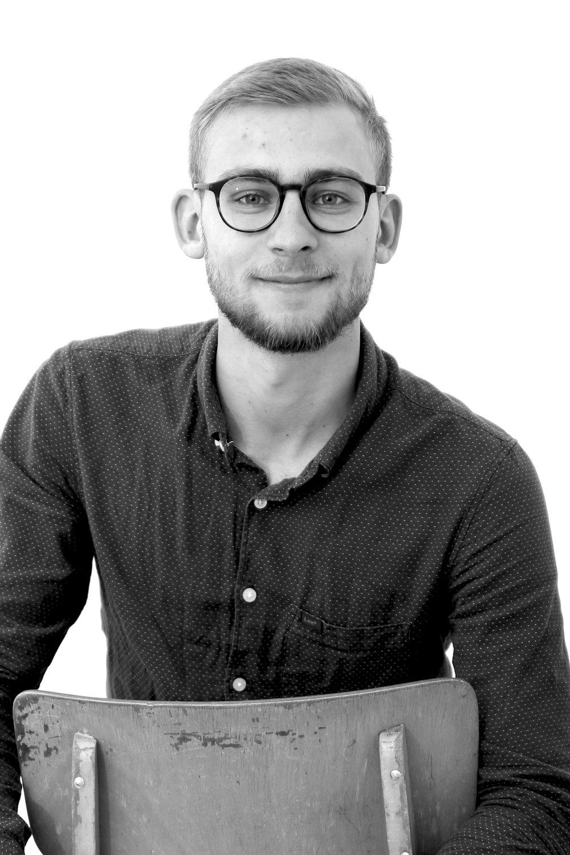 Joern Buensack  Customer Support