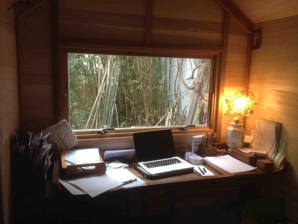 01-5-bureau-histoires-de-cabanes (1).jpg