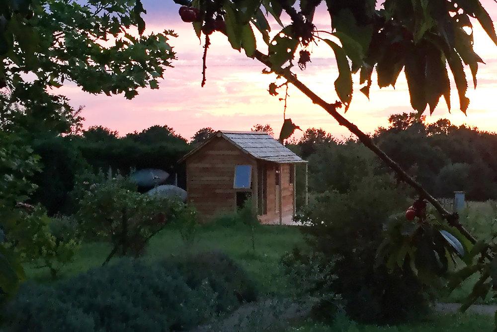 06-11-bureau-histoires-de-cabanes (1).jpg