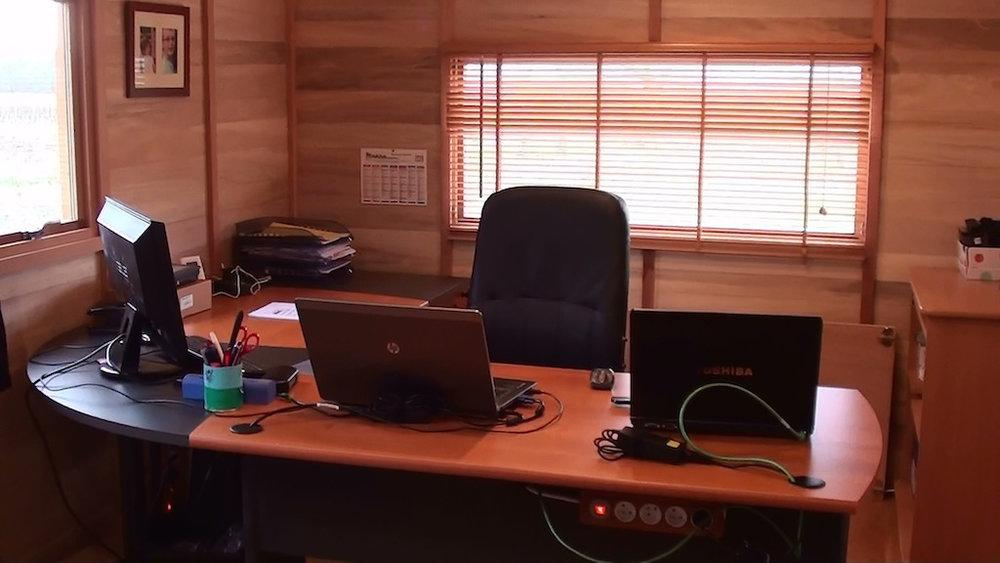 02-15-bureau-histoires-de-cabanes (7).jpg