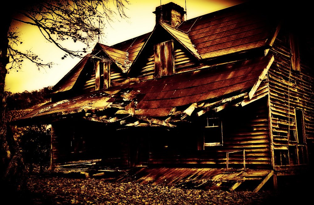 o-HAUNTED-HOUSES-TOWNS-facebook_Fotor.jpg