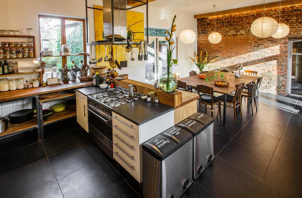 Hoofdhuis: Grote woon/eet keuken