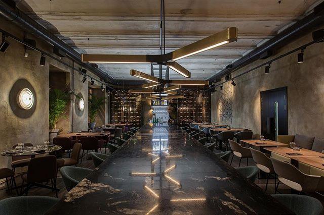 ▫️VINOVNIKI▫️ #khalchitskayadesign #work #interiordesign #saintpetersburg #design #дизайнинтерьера #дизайнресторанаспб #дизайнресторана 📷 @belikovevgeny