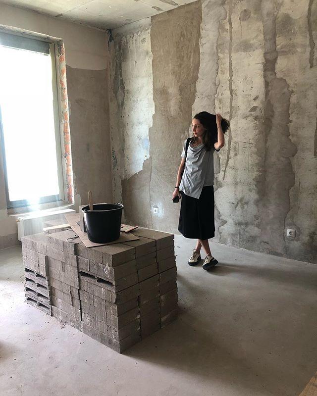Катя просит не зашивать стены 🌫 #interiordesign #saintp #khalchitskayadesign