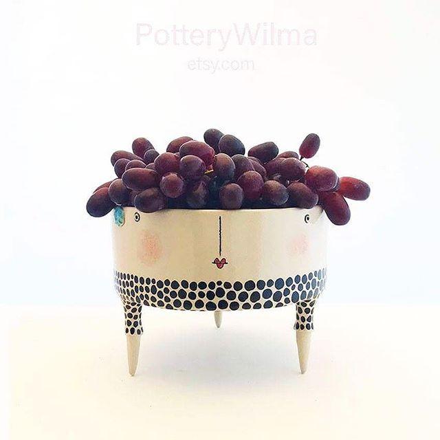 Imagine hosting a dinner party and serving everything in pottery from @jannelykkewilhelmsen 😍😍😍 #potteryforall #potterylife #ceramics #clay #ceramicstudio #clayartist #stoneware #keramikk #norwegiancraft #norwegianmade #handmadeceramics #pottersofinstagram #artsandcrafts #etsy #etsyseller #etsyfinds #potterywilma #jannelykkewilhelmsen #ceramiclife #ceramicsofinstagram #keramik #ceramica #makersgonnamake #makersmovement #potterydesign #clayart #ceramicist #etsyshop #instapottery