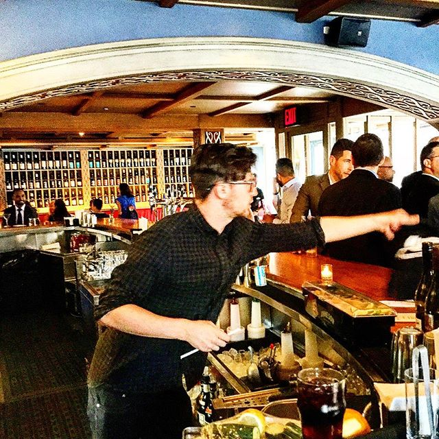Conor at the bar#nelsonbluenyc #irishlad #gastropub #funtimes #southstreetseaport #brooklynbridgeview