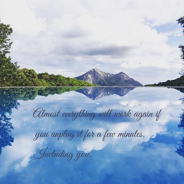 Take care of yourself! #mentalhealthawarenessweek #metime #mountains #escape #andrelax #letstalkaboutmentalhealth #fincaavedin
