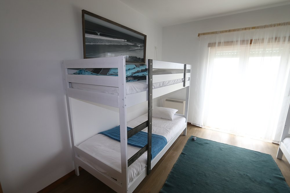 Surf house bed
