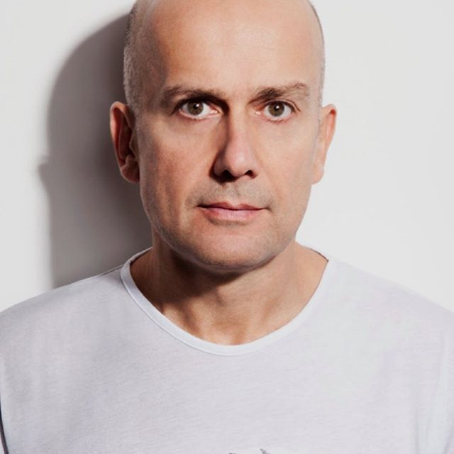 Who's ready for MTV RE:DEFINE 2019? On March 29, @thestatler in Dallas, we will honor artist Marc Quinn and raise crucial funds for @mtvstayingalive in the fight against #AIDS #HIV -Tickets are now on sale (link in bio) and they are going fast. Grab your spot before we announce this year's amazing musical guest!