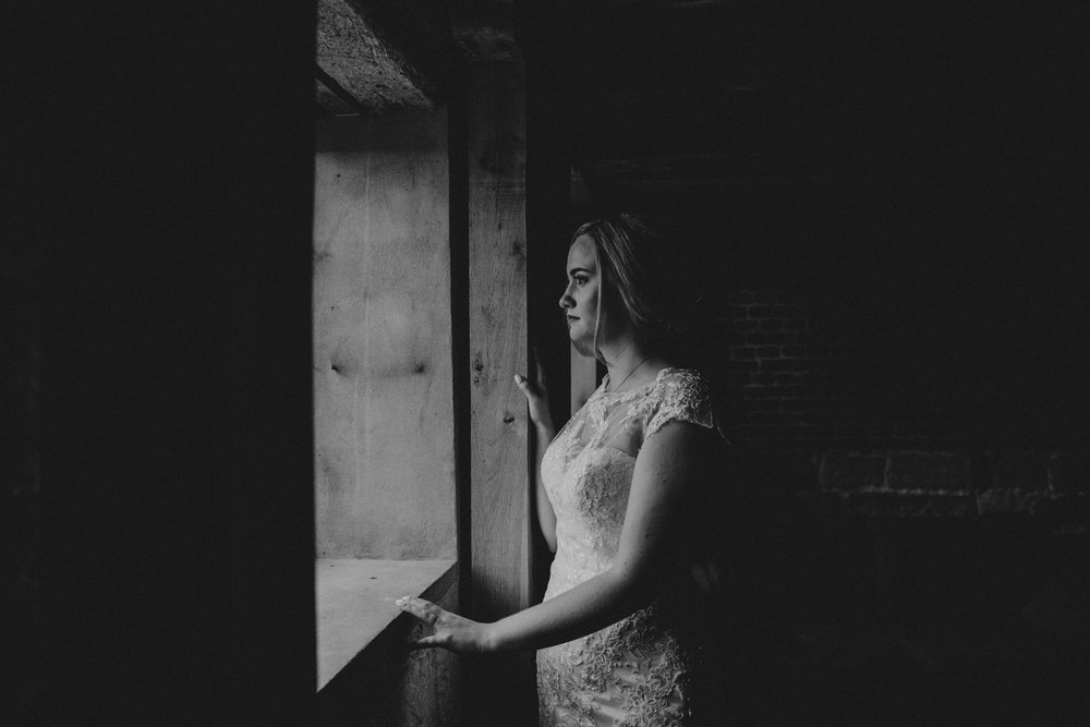 bride portraits, hendall manor barns