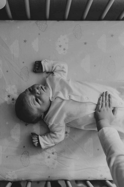 NewbornLifestylePhotographer-11.jpg