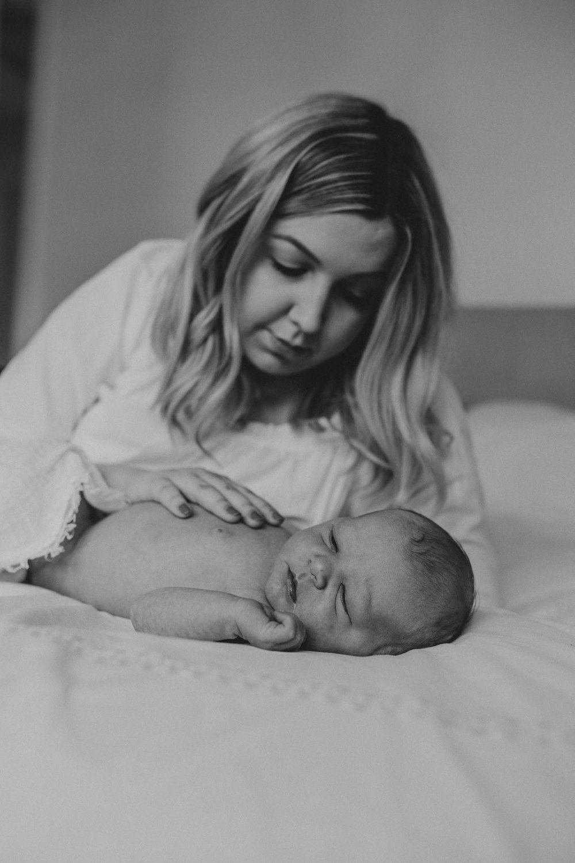 NewbornLifestylePhotographer-58.jpg