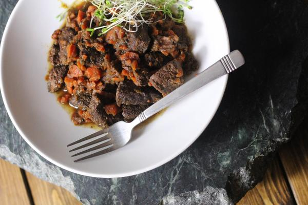 Four Spice Red Wine Braised Beef