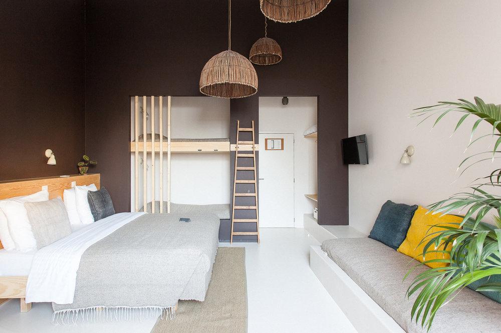 Garden Room (For 5) -