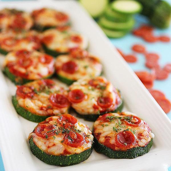 ZucchiniPizzaBites-1.jpg