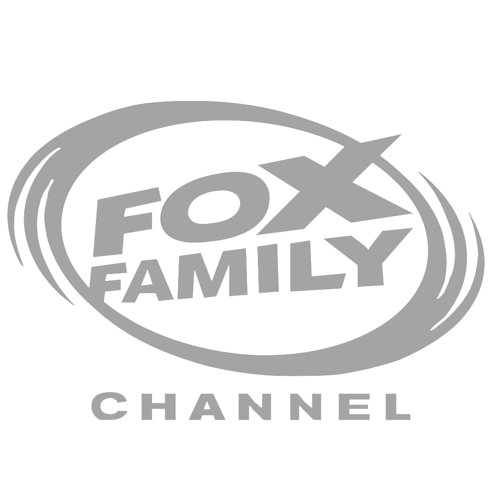 fox-family-logo-png-transparent.png