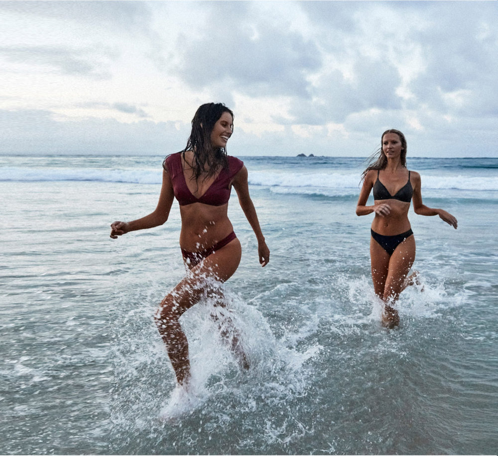 Bikini(Left): Tavik  Bikini(Right): Roxy