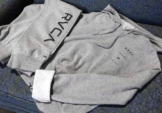 To keep you cozy  - This is for those lazy days.  Sometimes you need to just cozy on in and rest up and we get that. This RVCA fleece will be perfect for just that. The RVCA Splits Cropped Hoodie is a relaxed fit, long sleeve pullover fleece hoodie with a slightly cropped silhouette. It has drawstrings at the hood, ribbed hems, and a RVCA screenprint at the front chest and back. Make it a stay in outfit and grab the RVCA fracture fleece sweatpants while you're at it.
