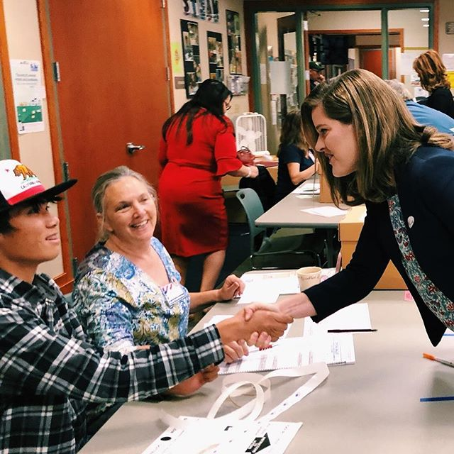 ‪It is an honor and privilege to cast my vote today in #CA04. This district is my community and while my opponent cannot vote here, I will always show up to fight for us. Our democracy is only as strong as those who participate, vote today: www.morse4congress.com/vote #VotedMorse‬