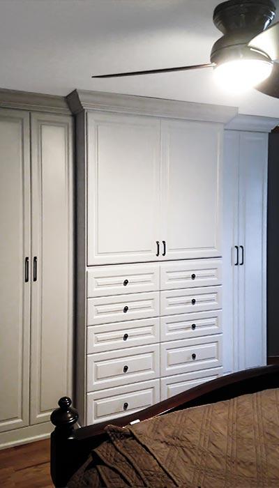 product-wardrobe-armoir_400x700.jpg