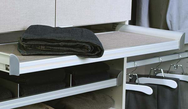 engage pull out folding table