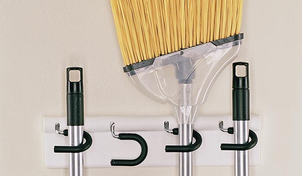 broom mop holder