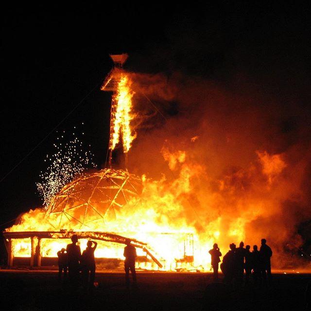 He's on fire 🔥 #burningman #bouncecamp