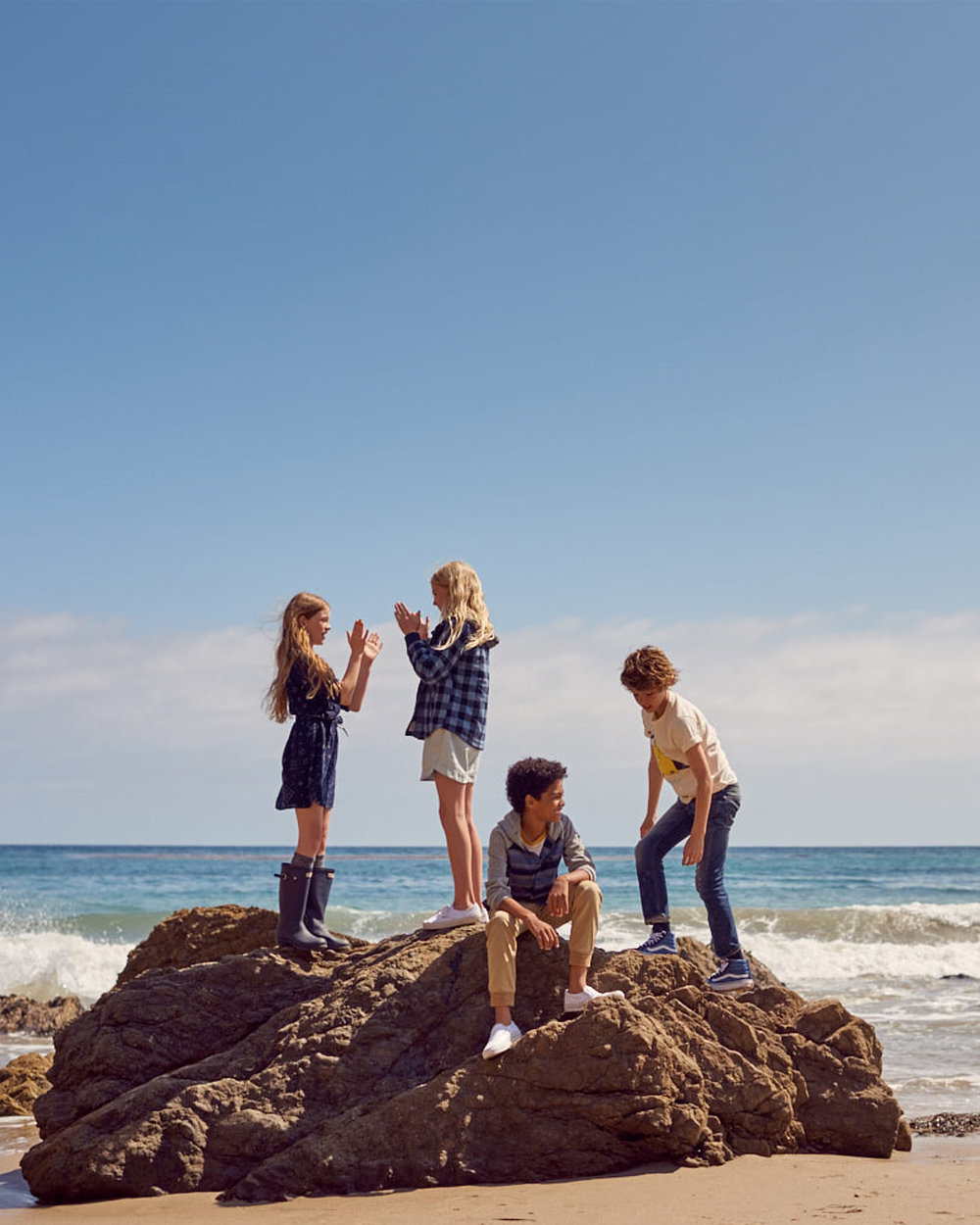 abercrombie kids - CAMPAIGN