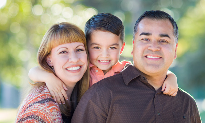 Dental World Kapolei provides family dentistry.