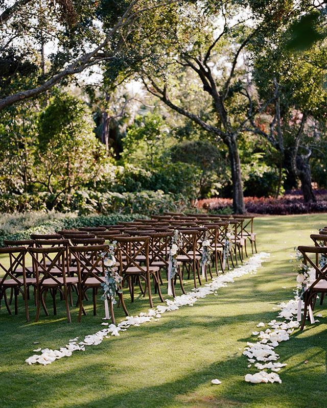 the simplest ceremony-scapes are my most favorite: the perfect shady spot, handsome chairs, a touch of pretty from @portandpalmco + your loved ones & you two. done. really, is there anything else? 🌿✨🗝 #desireedawnevents capture by @katbraman featured in @deargraymagazine