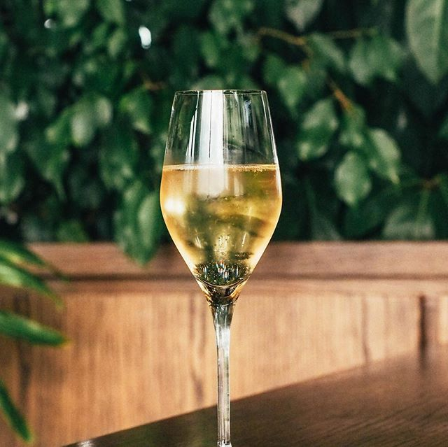 To celebrate Melbourne Cup day, we are adding a glass of bubbles to every main meal brought between 11:30pm and 2pm Tuesday 6th November aka Melbourne Cup Day! Age and sobriety conditions apply.
