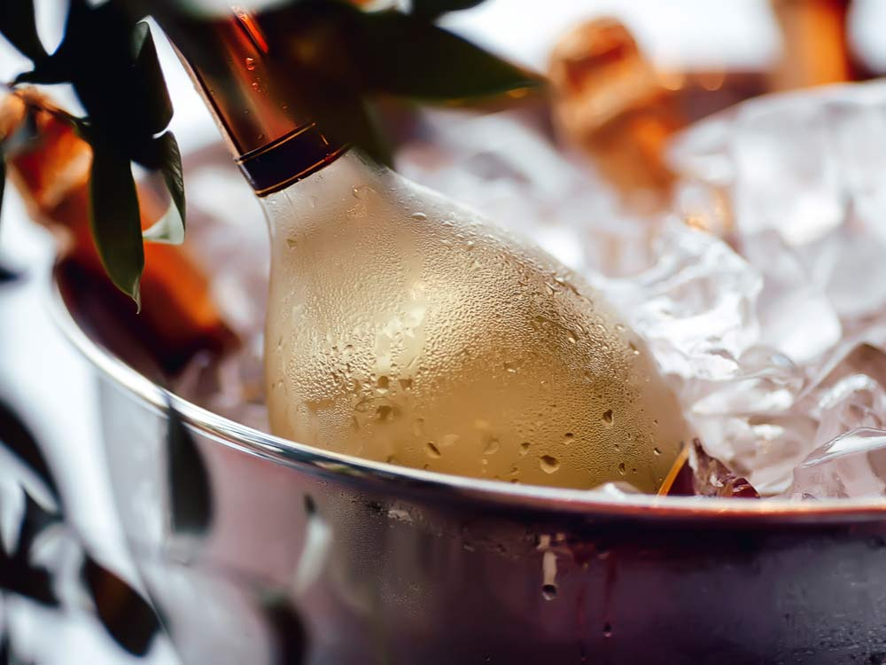 why-white-wine-should-be-chilled-but-not-ice-cold (1).jpg