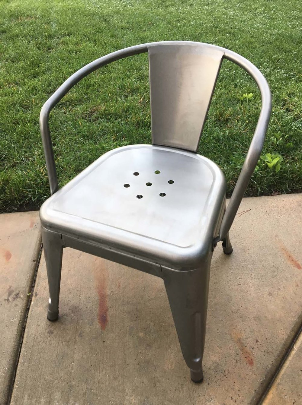 Kids Chair.jpg