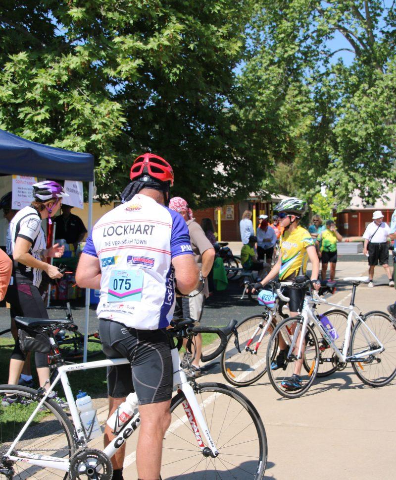 bike-riders-800x968.jpg