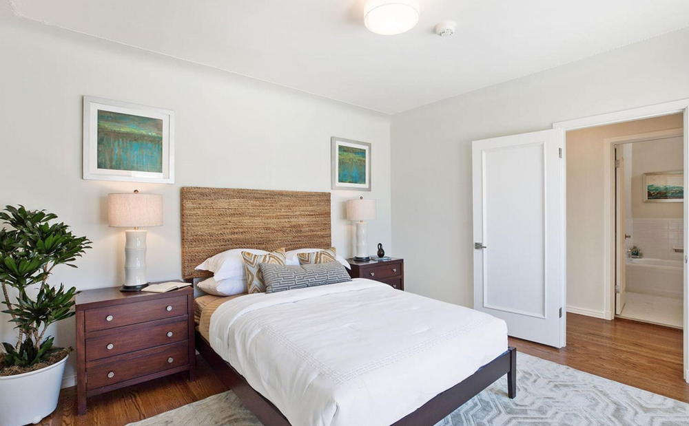 1656 Beach - bedroom
