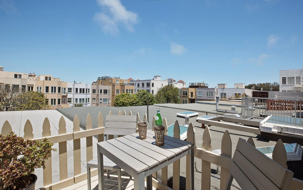1656 Beach - rooftop patio