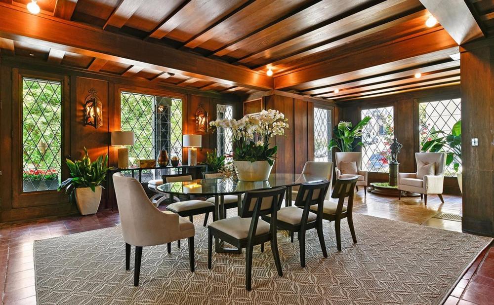 3500 Jackson Street - dining room