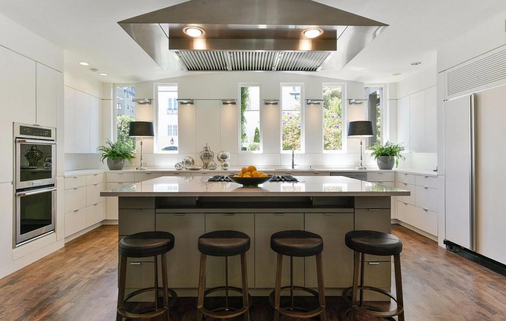 3500 Jackson Street - big modern kitchen