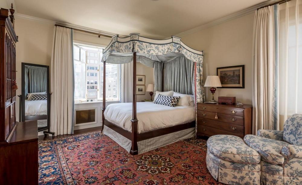 1940 Vallejo Street #11 - master bedroom suite