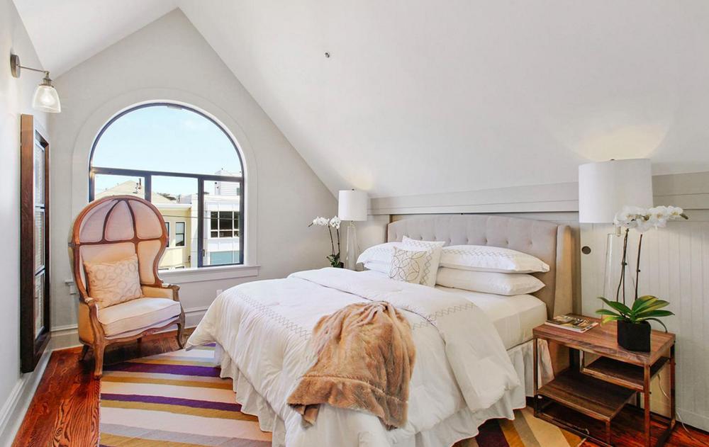 617 Broderick Street - bedroom suite