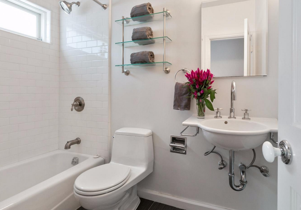1480 Golden Gate Avenue - bathroom