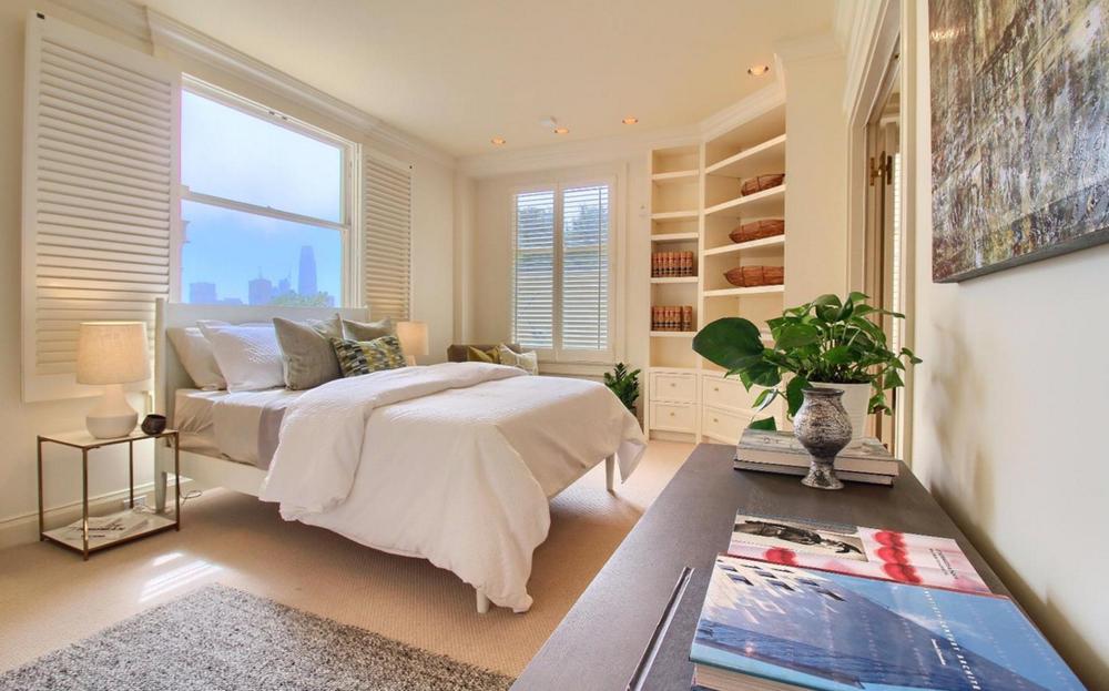 947 Green Street #2 - bedroom suite