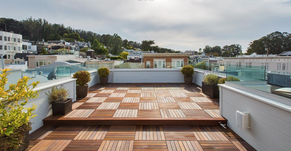 2756 Baker Street - deck with views