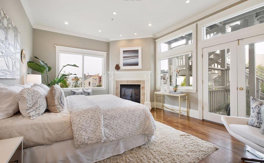 2334 Pine Street - Bedroom