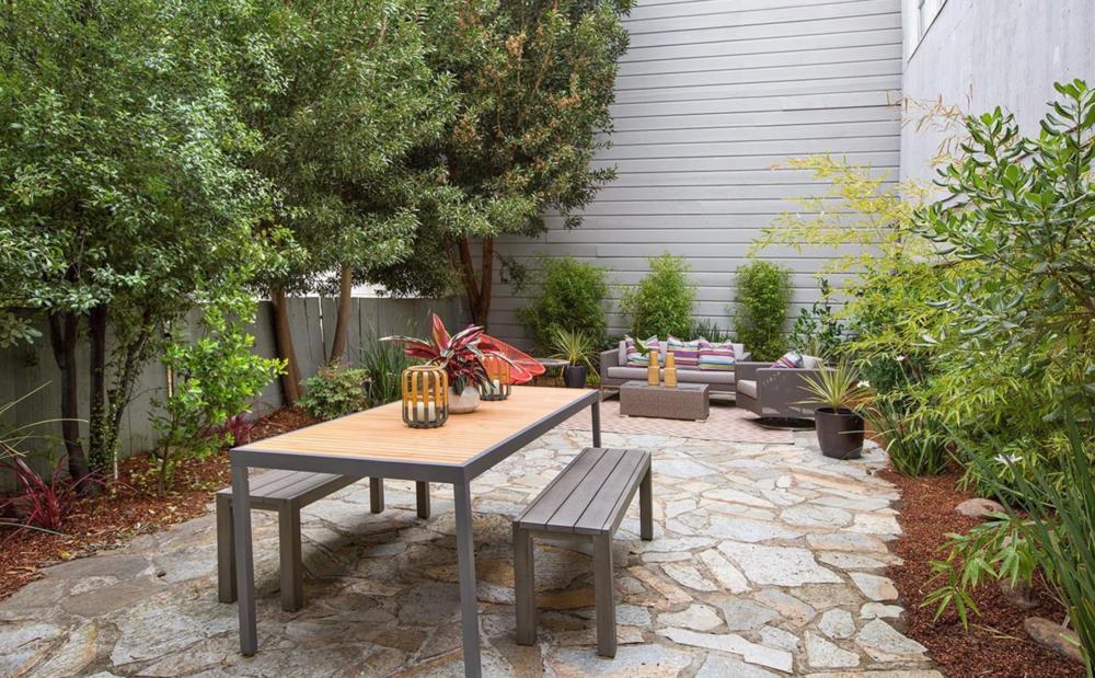 2334 Pine Street - Backyard