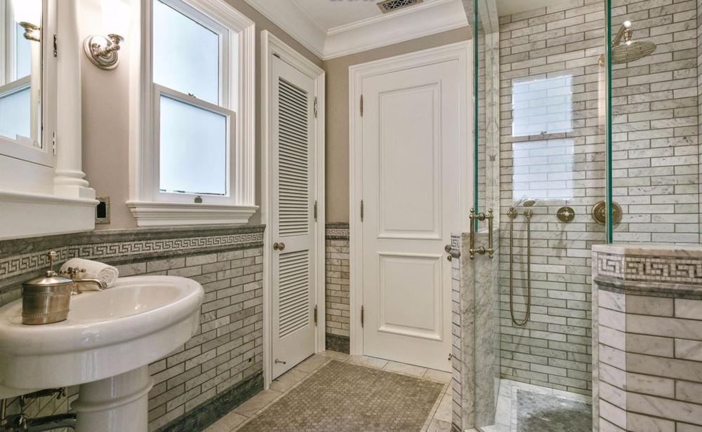 2830 Buchanan Street - Bathroom