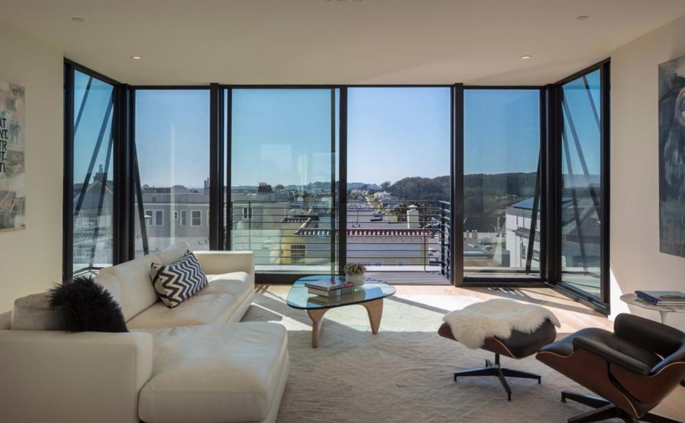 132 Presidio Avenue - Living Room