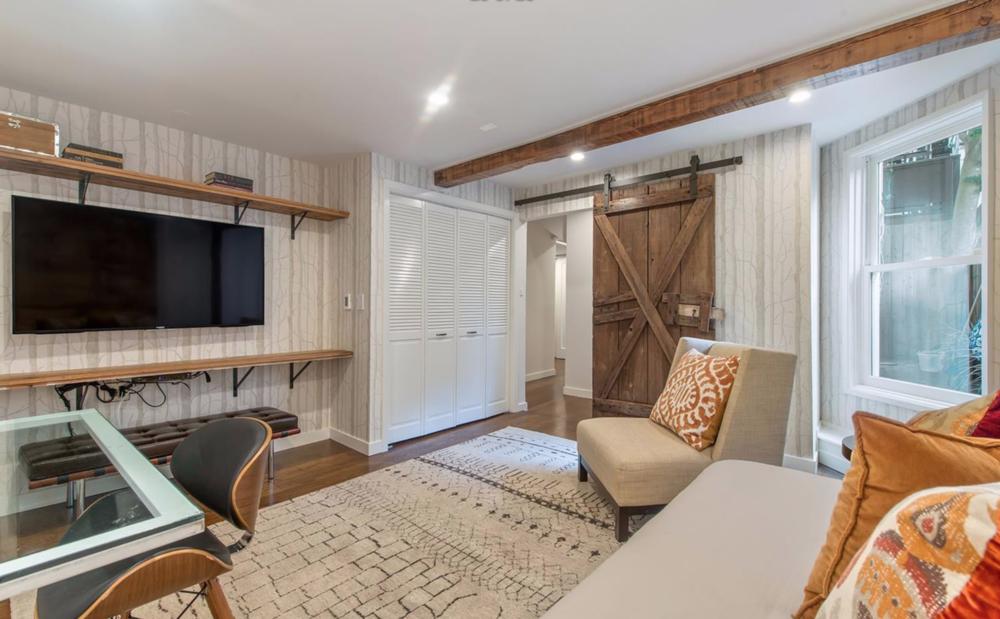 2929 Fillmore Street - Bedroom Suite
