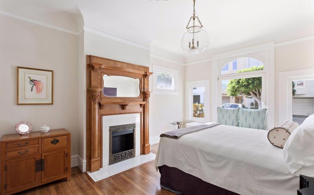 2828 Pierce Street - Bedroom